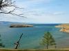 Рядом с Ольхоном есть несколько более мелких островов, этот носит название Харанцы