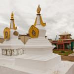 Субурганы - ступы, которые возводятся в местах нахождения буддийских реликвий или в честь какого-нибудь события в буддизме