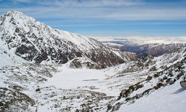 Мунку-Сардык, Бурятия. Вид на горное озеро